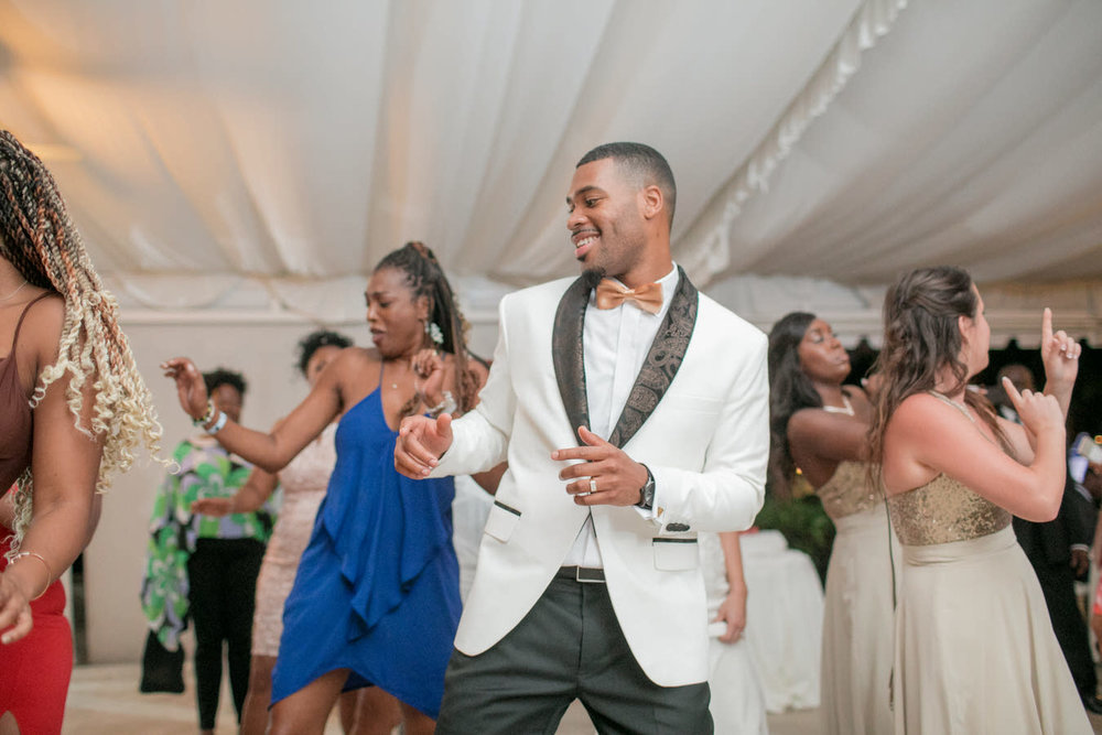 Ashley___Michael___Daniel_Ricci_Weddings_High_Res._Final_0495.jpg