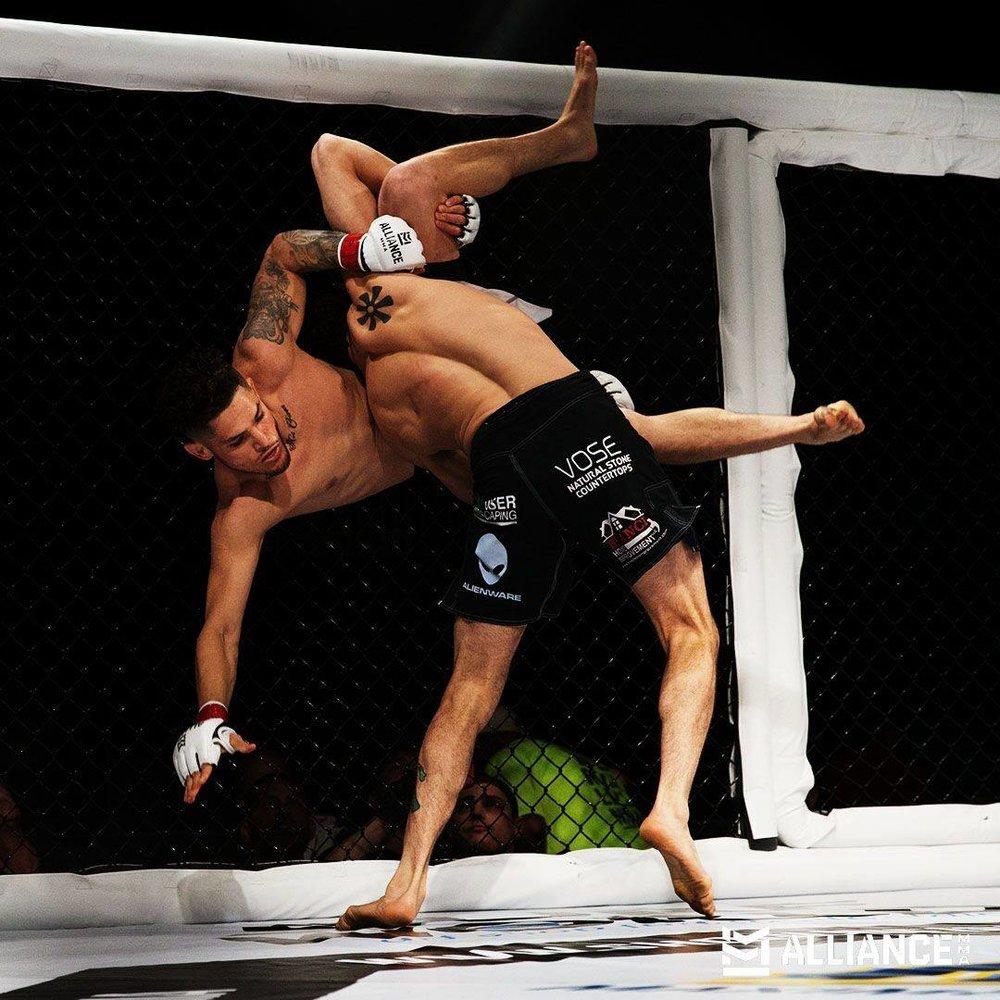 Adli Edwards def Benny Delgado via submission (kimura)
