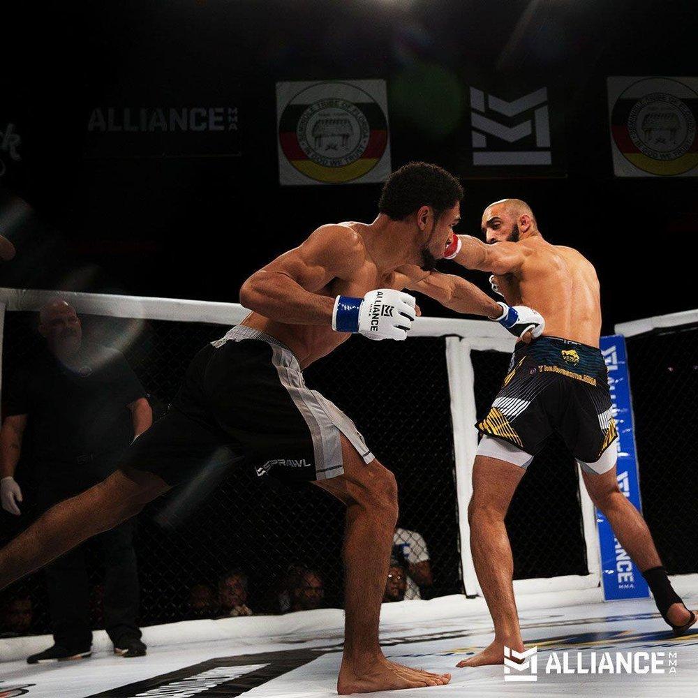 Olivier Murad def Asim Zaidi via KO at :37 in the 1st Round