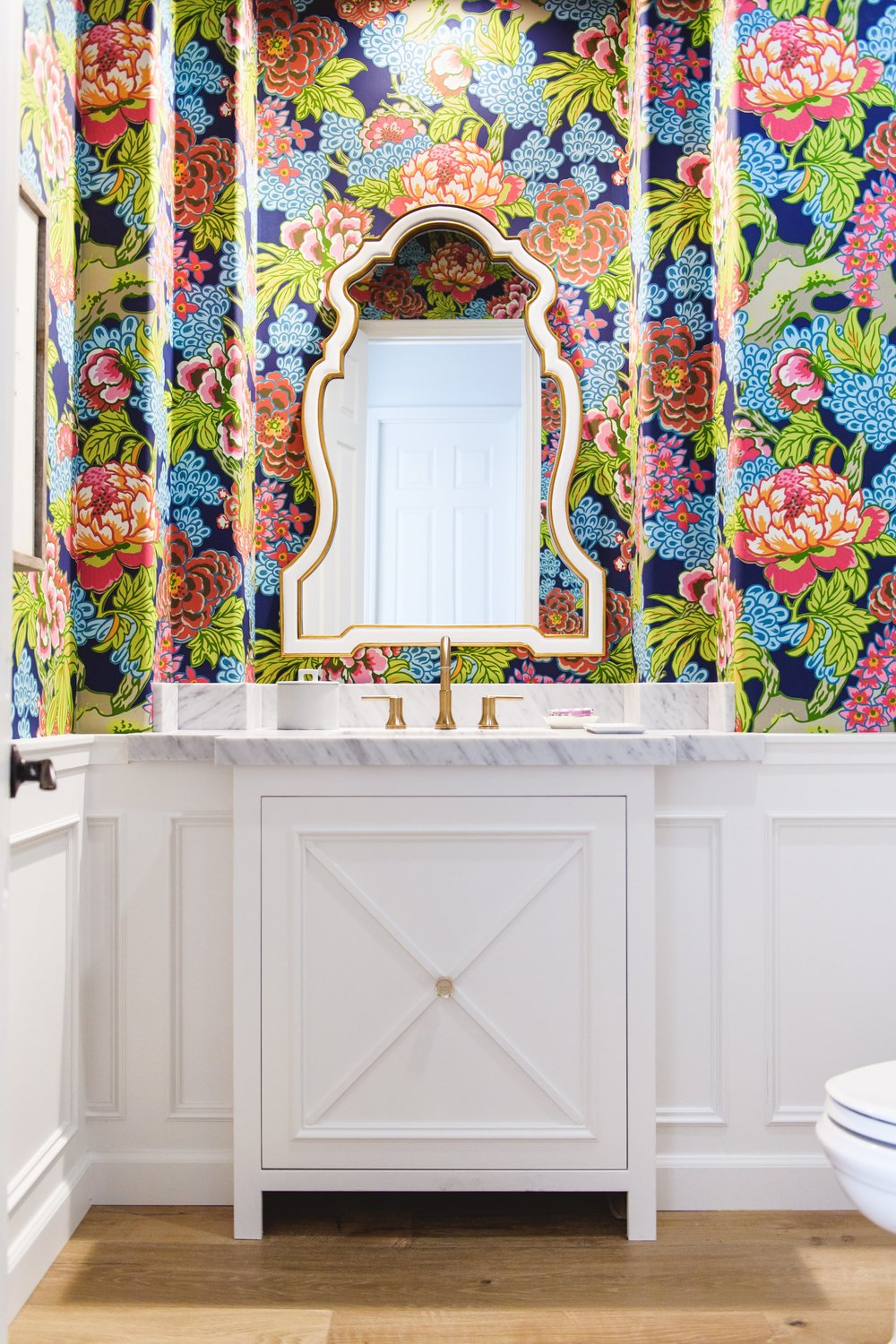 savvy {holly leaf} hall bathroom-0012 2.jpg