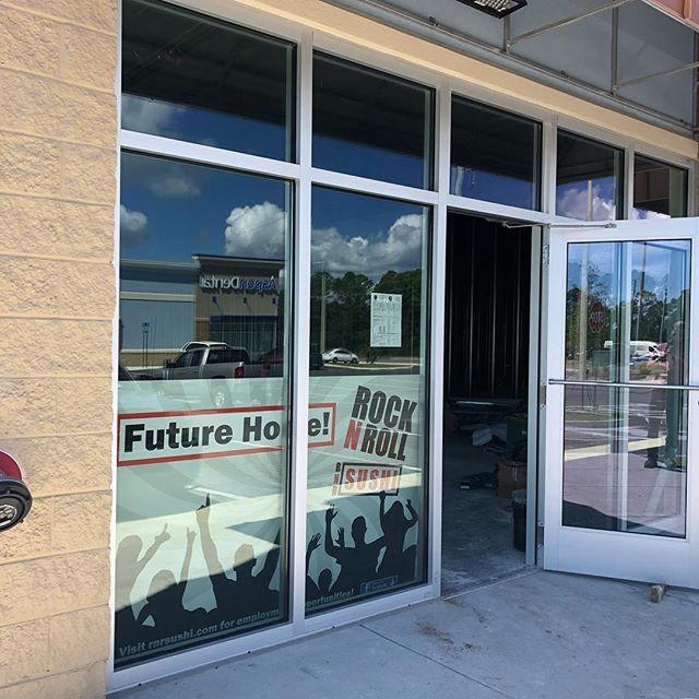 COMING SOON!! Rock & Roll Sushi, the newest addition to Tiger Point Pavilion, now has the bones of a bar. We'll be wrapping up the bar build shortly and then be first in line for lunch! . . . . #makersgonnamake #southernmakers #finecarpentry #carpentry #customwoodwork #custombar #pensacola #gulfbreeze #sushibar #rockandrollsushi #customwork #digmygig