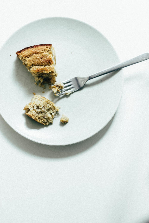 rhubarb + cardamom cake