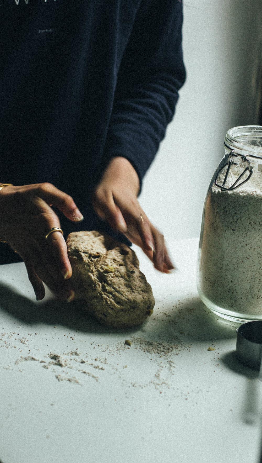 spelt walnut bread 19-1.jpg