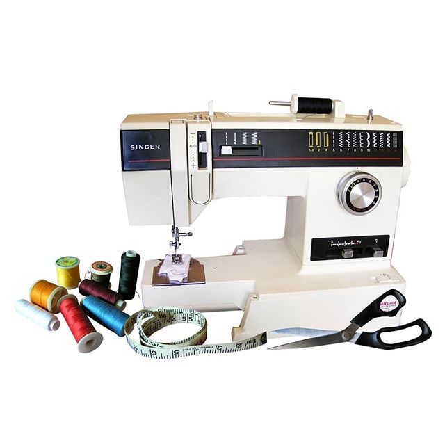 Thursday at the Birch box: Sewing basics . Learn about your sewing machine and how to troubleshoot when something goes wrong so you can see with confidence. Once the basics are covered then Lisa will show you how to sew a tablet cover for you to go home with! . Sign up in by clicking the link in our bio!