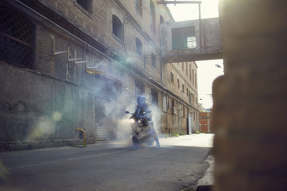 BMW_Yearshoot_S1000RR_RIDING_SINGLE_0106 copy.jpg