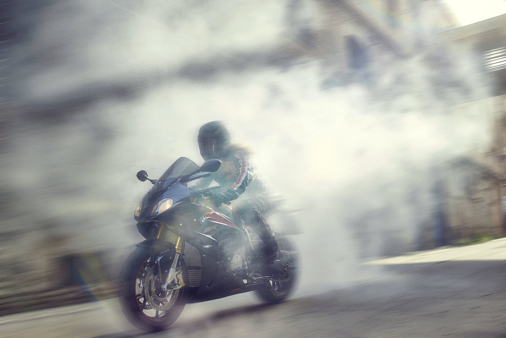 BMW_Yearshoot_S1000RR_RIDING_SINGLE_0111 copy.jpg