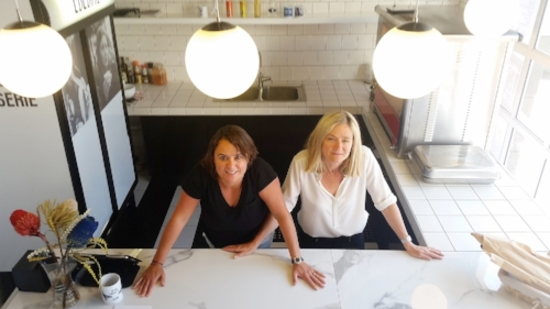 From left to right: Co-founders Catherine Lauria and Delphine Stein-de Beer