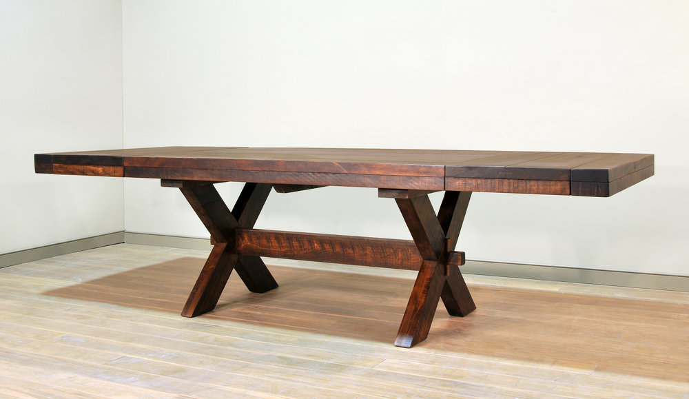 Buxton table with leaves