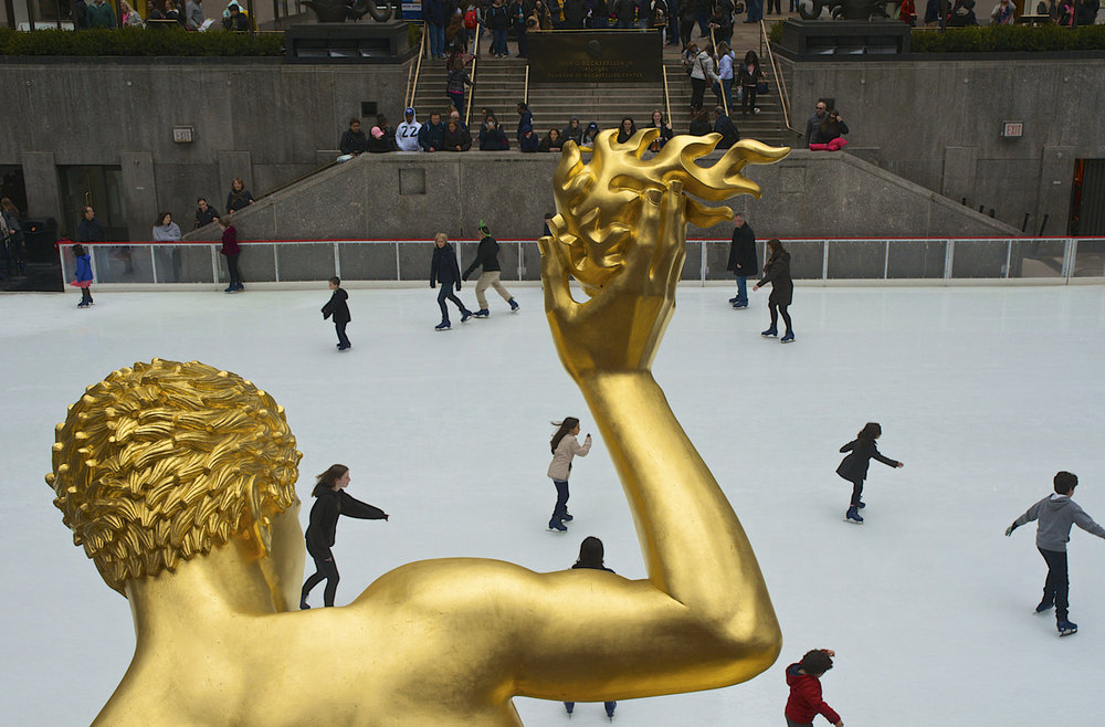 Richard Trenner%2C %5C%22Skaters %28Rockefeller Center%29%2C%5C%22 2015 color %282%29.jpg
