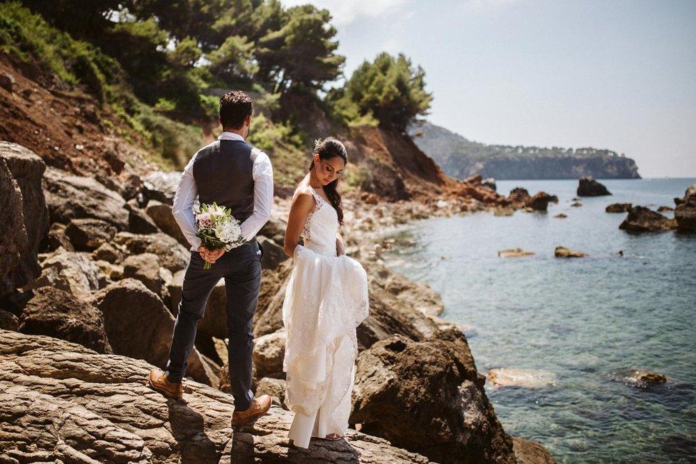 - Con la luz y localización ideal para poder finalizar vuestra última página de álbum de bodas con unas fotografías sorprendentes.