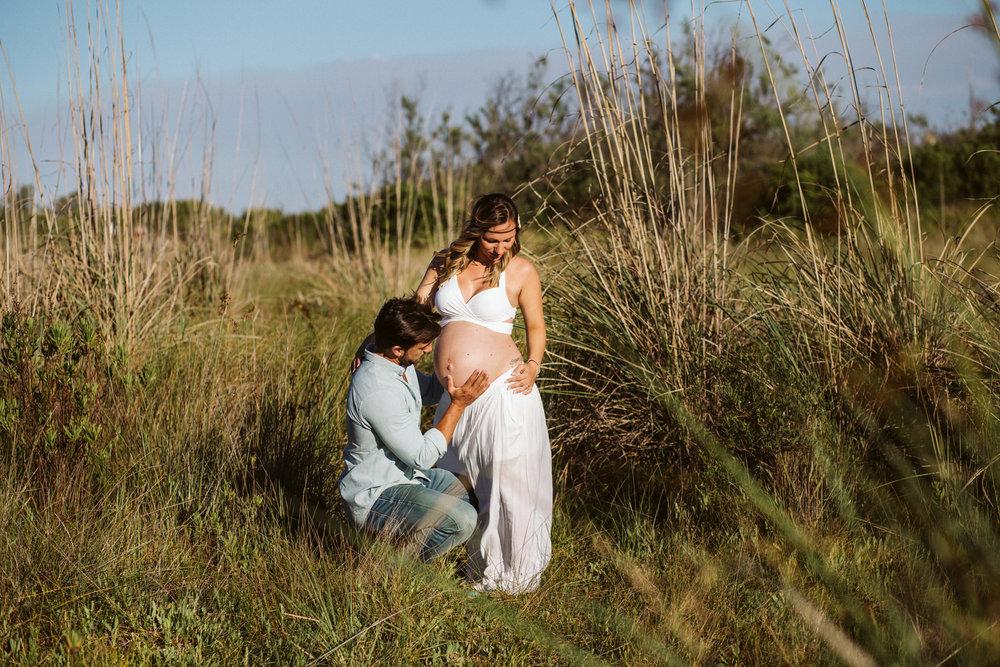 Fotografía embarazada playa valencia02.jpg