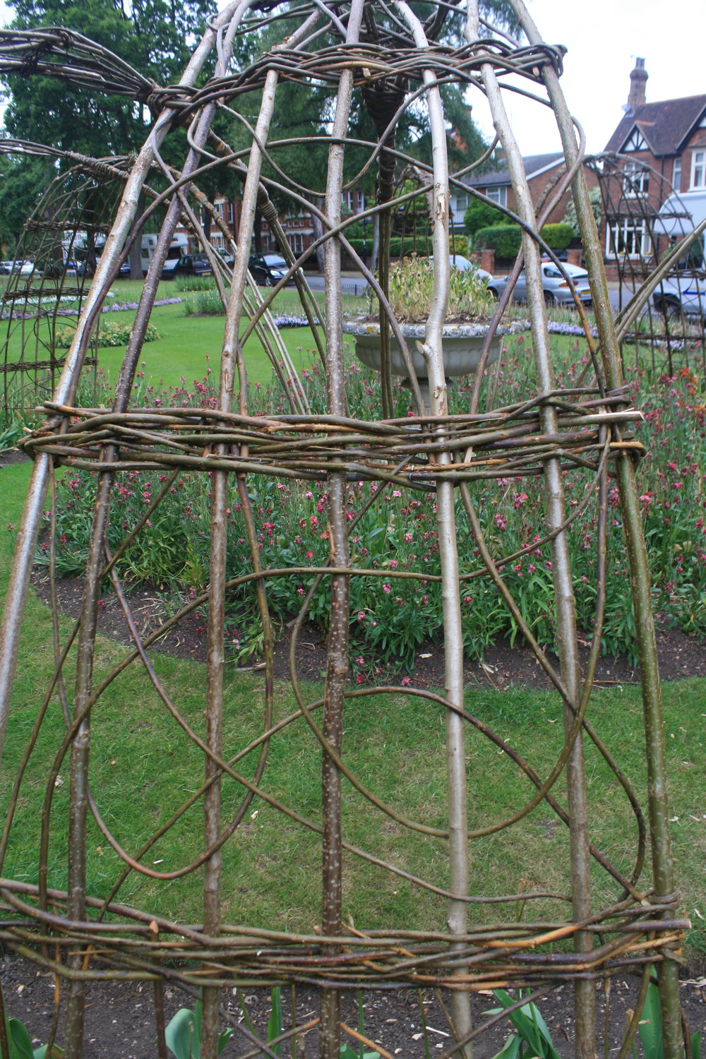 Statement willow structures