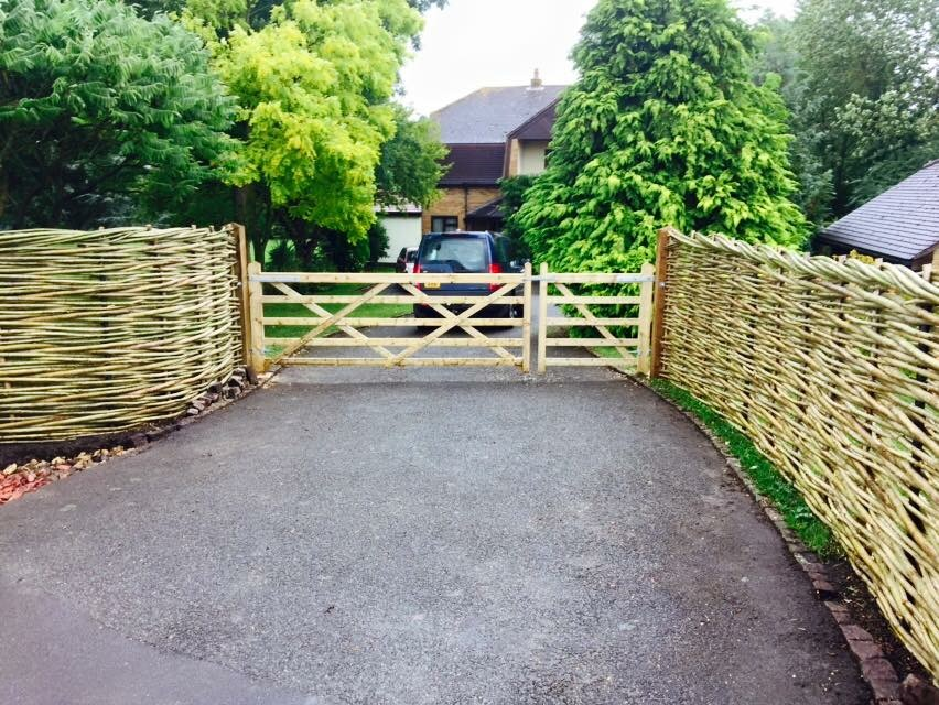 Woven Willow Driveway Fence