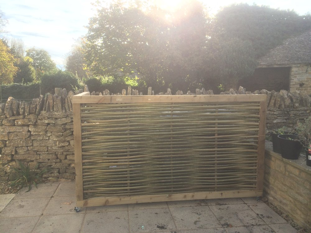 Woven willow screen