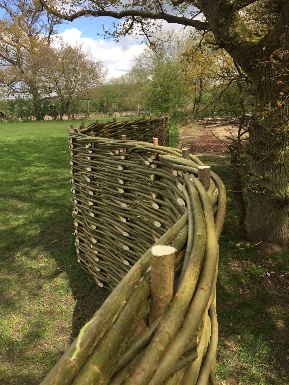 Do all your fences come with the twist along the top? - We call this the 'roll top' and we like to finish off our fences with them. We think it is a handsome finishing touch, but if it is not to your liking we can leave it off.