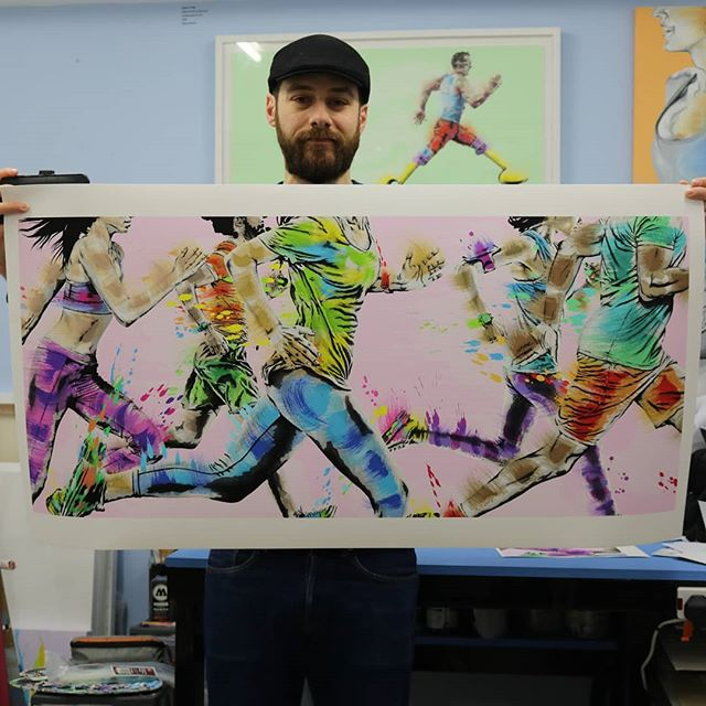 New exclusive art print. . I know I don't look it BUT I am SO HAPPY to share this new art print. 😁 I have sent many hours on this and it was worth every minute. Hope you enjoy it. . Can't wait to see it framed. I will be framing it myself with coloured spacers @wimbledon_studio_frames . It will be first displayed at my solo exhibition 'Keep On Running' @grahamhuntergallery 81 Baker Street, London, W1U 6RQ. Exhibition will run from the 23rd of April to the 4th of May. Private View is in 25th of April. Hope to see you there. . . . . . . . . . . . . . . . . . . . #runningart #runninglove #runningcommunity #runningartwork #wimbledon #wimbledonartstudios #wandsworthartist #runningartist #runningpaint #londonrunners #londonrunning #londonrunningclub #allaboutrunning #wimbledonartfair