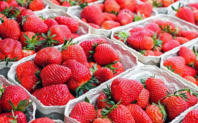 strawberries-1350482_640.jpg