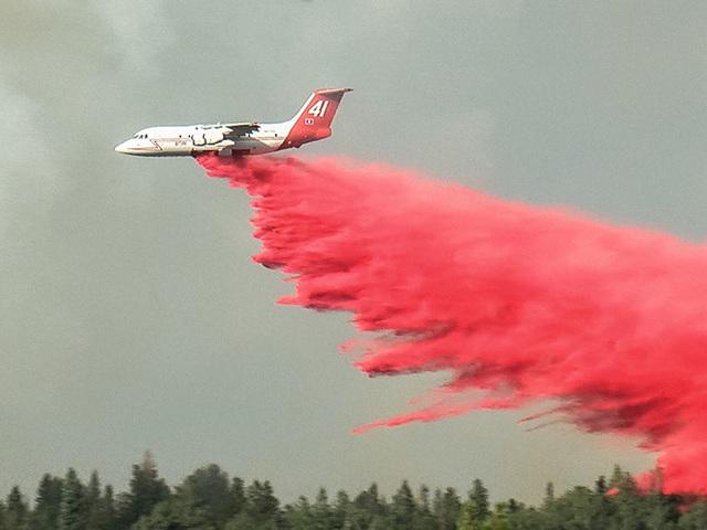 Wildfire near Nederland_12_1468165127237_42134206_ver1.0_640_480.jpg