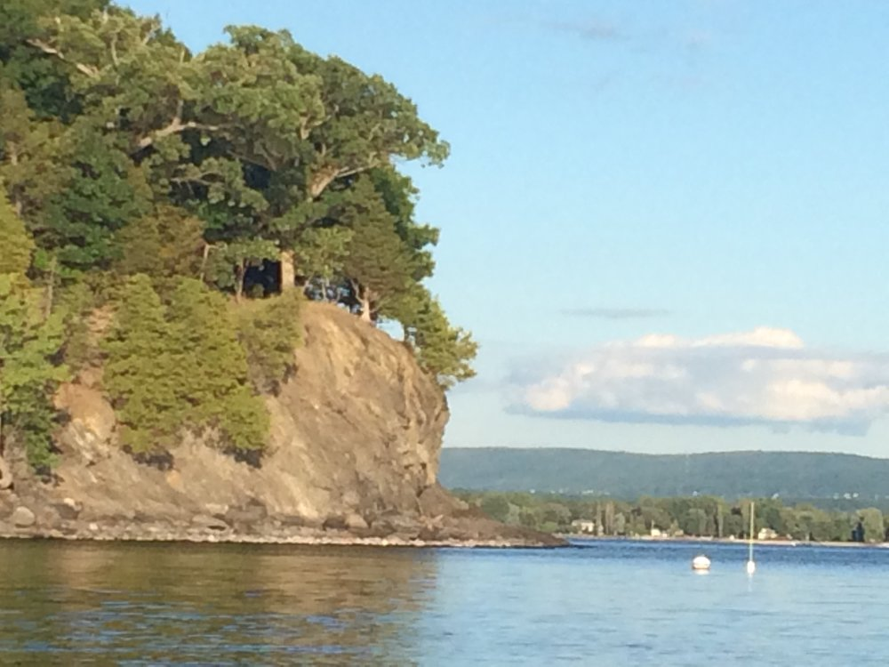 Photo of Eagles Bluff on Butler Island, Vermont