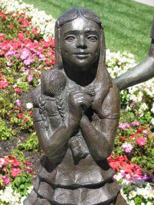 oakland-temple-group-little-girl.jpg