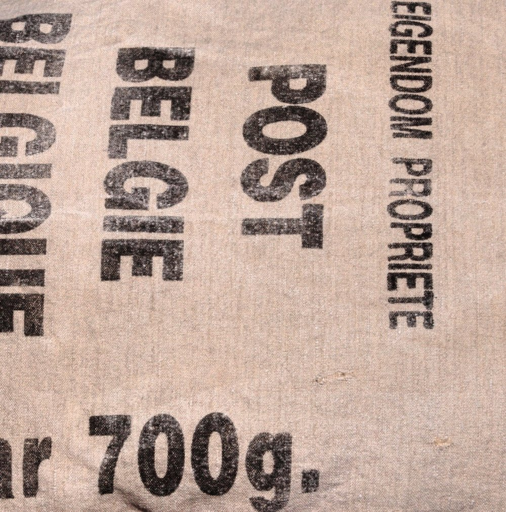 BELGIAN POST BAG DETAIL.jpg