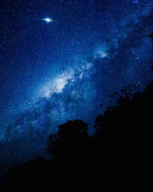 "A new moon 🌑 and a cold snap called a ""friaje"" clearing the clouds made for rare perfect star gazing conditions over the Peruvian Amazon. 📷: @ipmarkham"