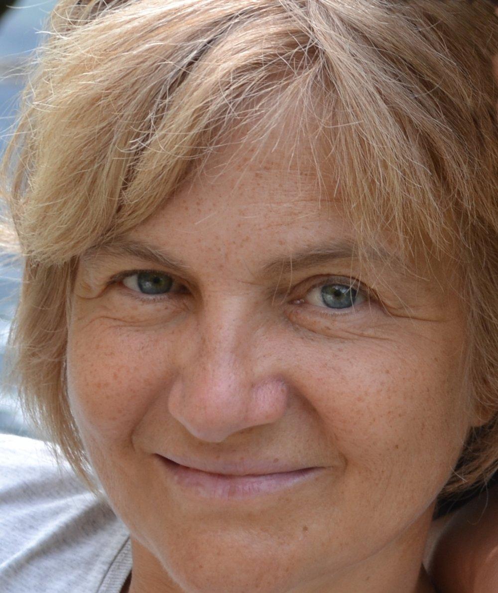 ANNA DALLA VALLE