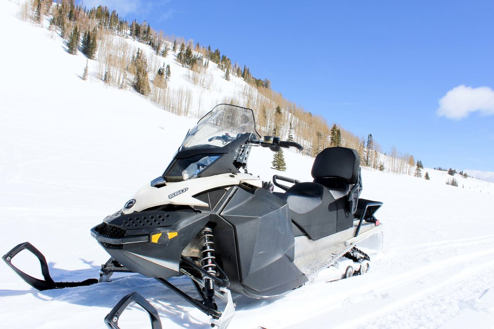 snowmobileMountain-1.jpg