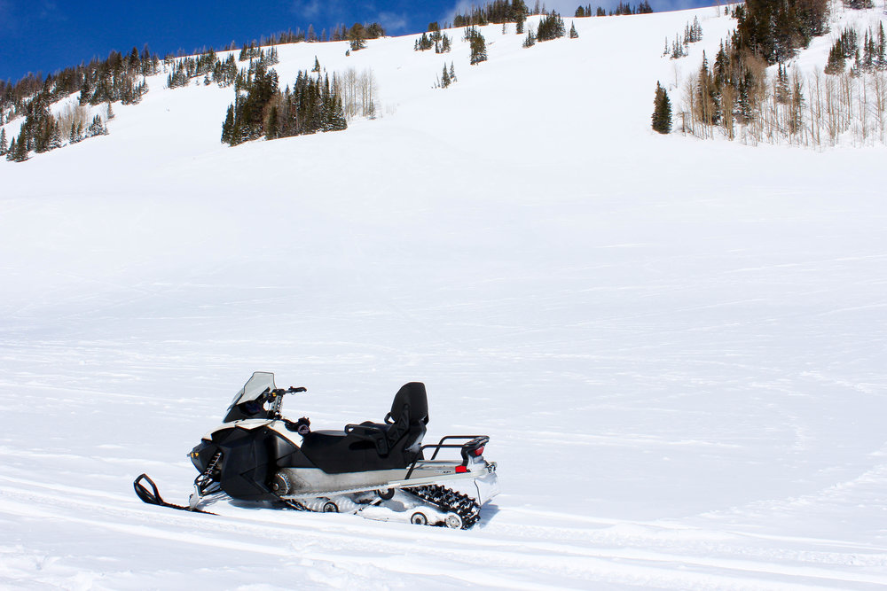 snowmobileMountain-2.jpg