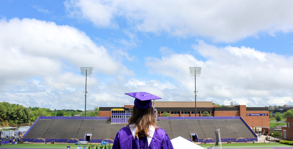 c51dfedaf93 ... AND the end of a decade long era of fam members at THE James Madison  University. Congratulations to my little sis for all of her hard work! YOU  DID IT!