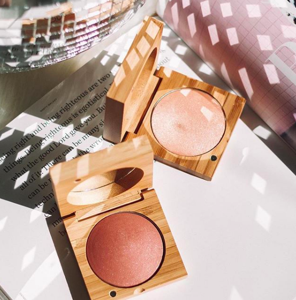 Get your glow on gorgeous! Organic & Natural High Performance Makeup!*Cruelty-free {30% off}{F} - Antonym CosmeticsUse code: BLACKFRIDAY30 for 30% off your entire order (site wide) . Valid: 11/21 to 11/27. Free US continental shipping on all orders over $25.Popular: Baked Highlighting Blush Lily