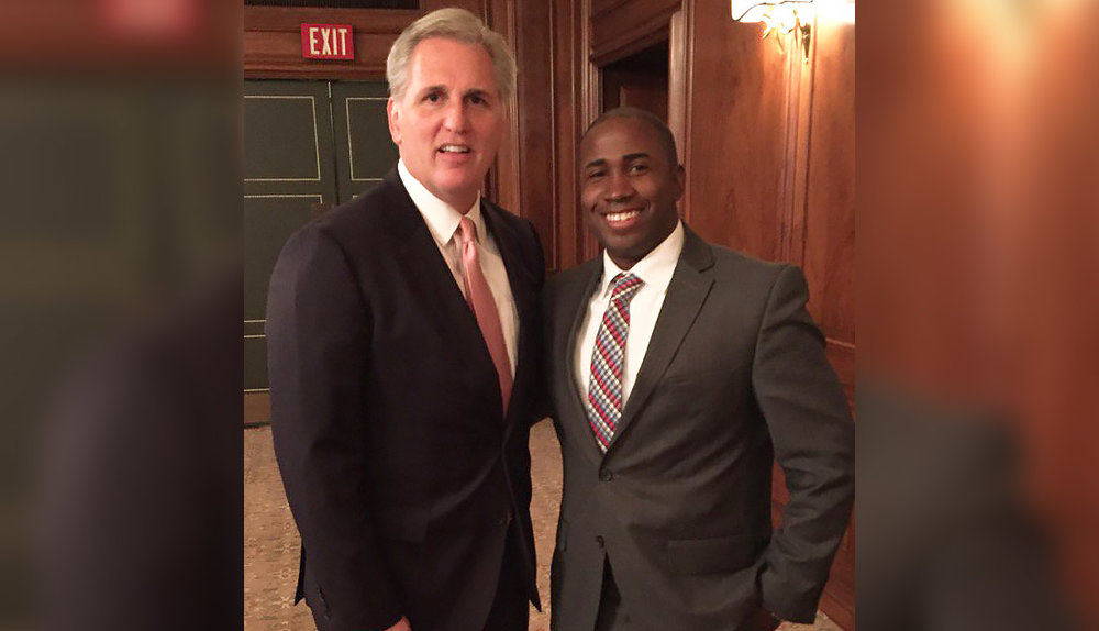GPCC Manager of Government Affairs Brandon Mendoza joined U.S. House Majority Leader Kevin McCarthy at a welcome lunch hosted by several GPCC members.