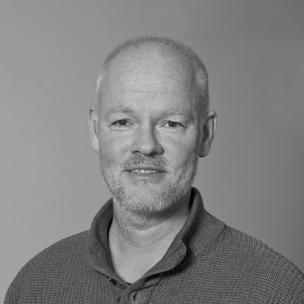 Mats Eriksson   VD,  mats.eriksson@ohmans.com , 070-652 65 11
