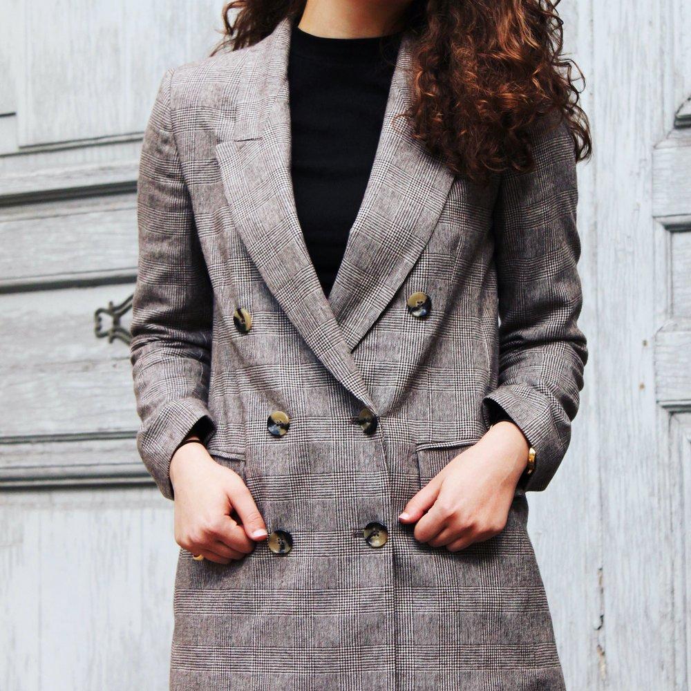 Menswear Inspired Cady Quotidienne Details.JPG