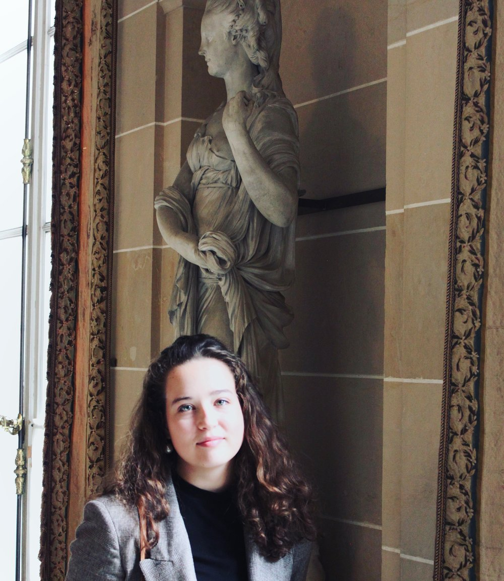 Menswear Inspired Cady Quotidienne Statue.JPG