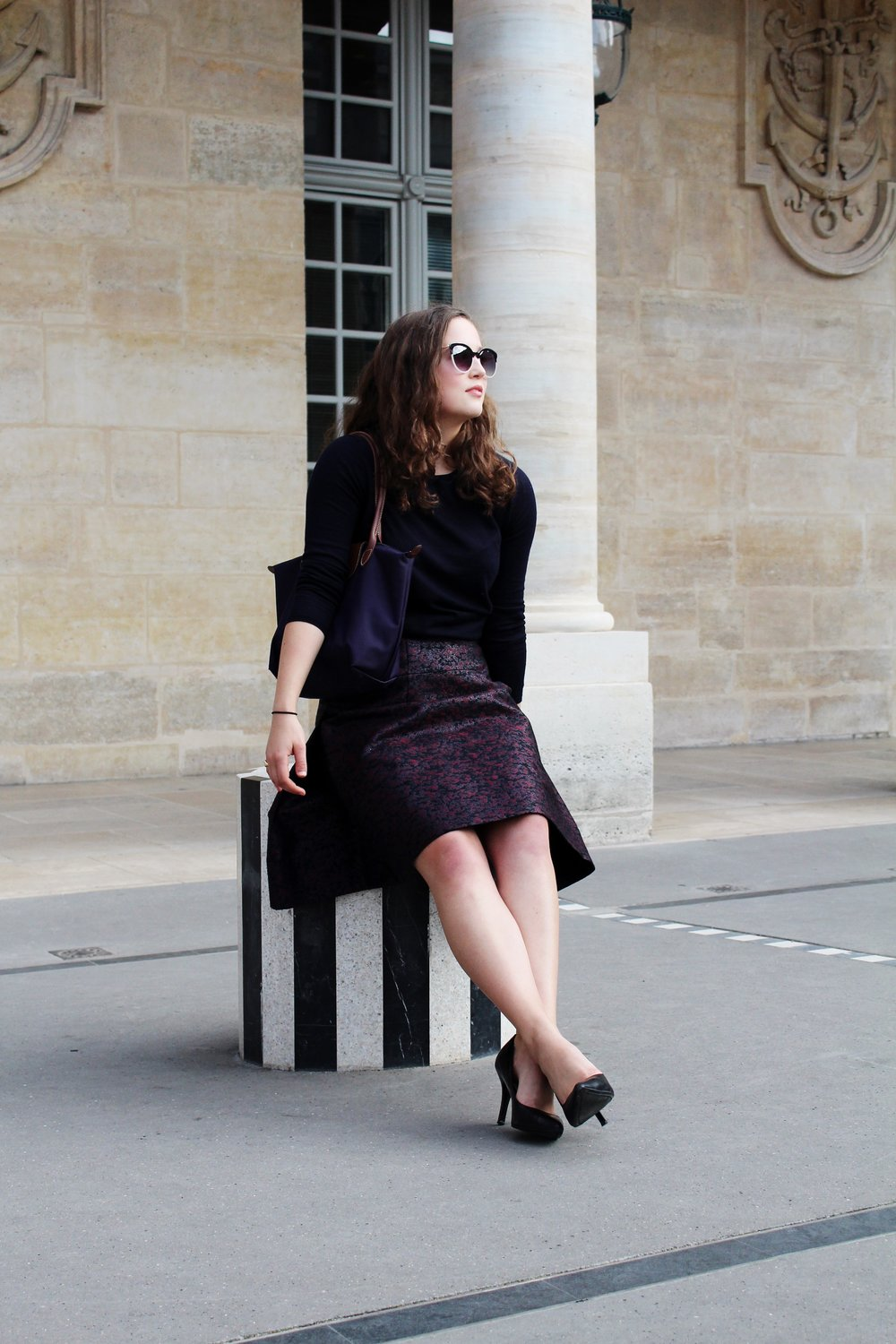 Ladylike Look Cady Quotidienne Sitting Palais Royal.jpg