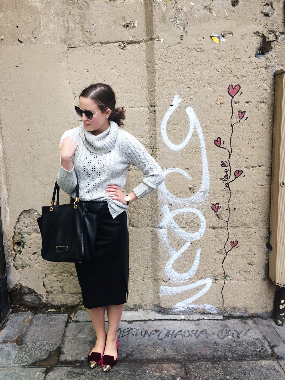 Styling Textures Cady Quotidienne Outfit Pose.jpg