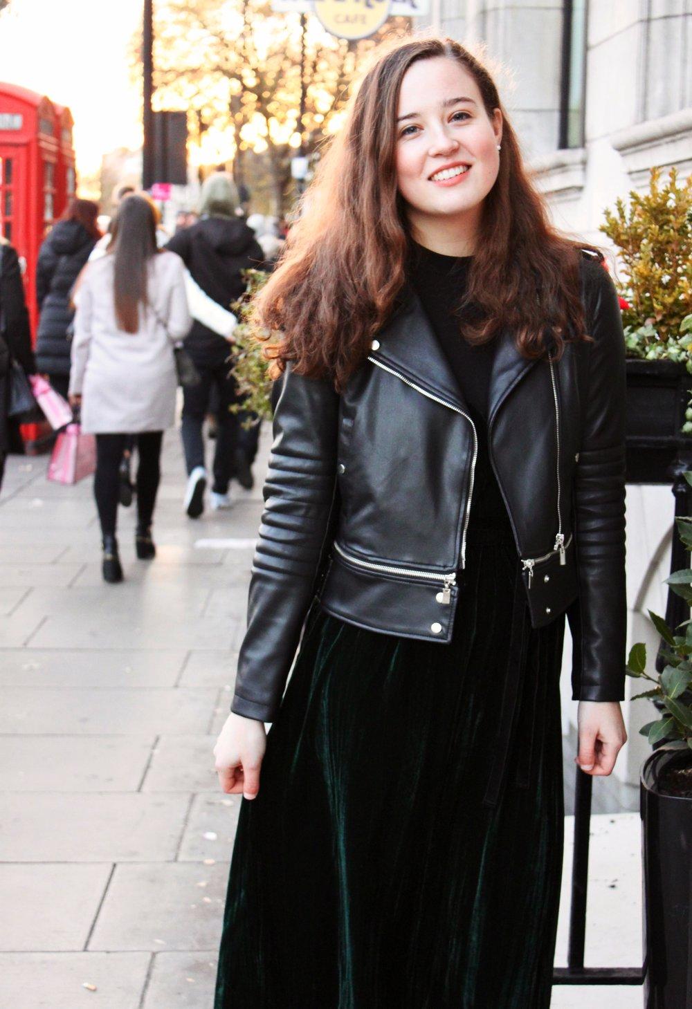 Re-styling Festive Wear Cady Quotidienne Street Style.JPG
