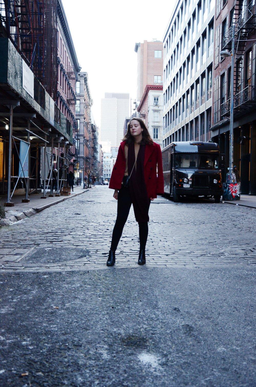 Soho Style Cady Quotidienne Street Shot.jpg