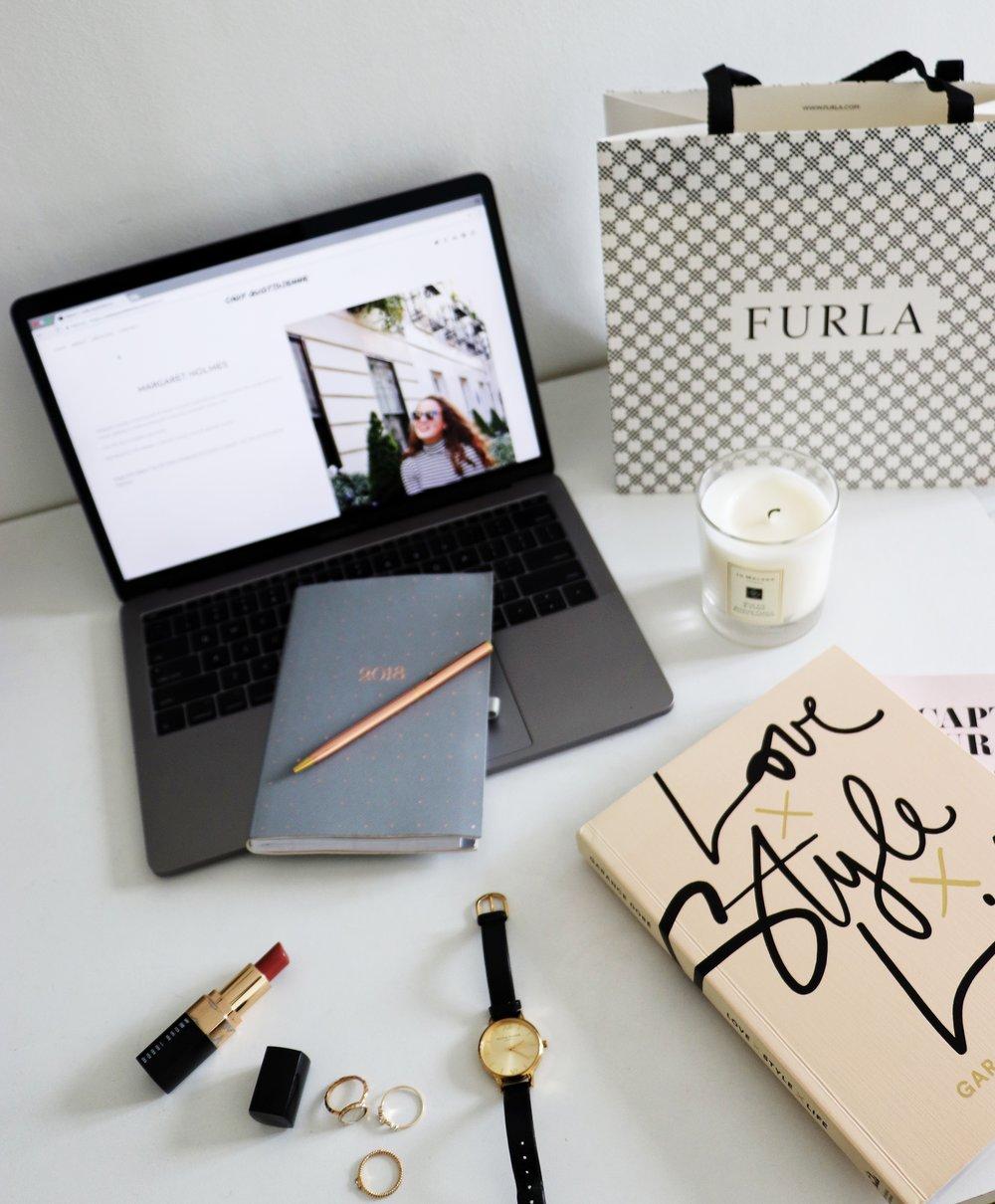 Better Blogging Cady Quotidienne Birdseye Desk.jpg