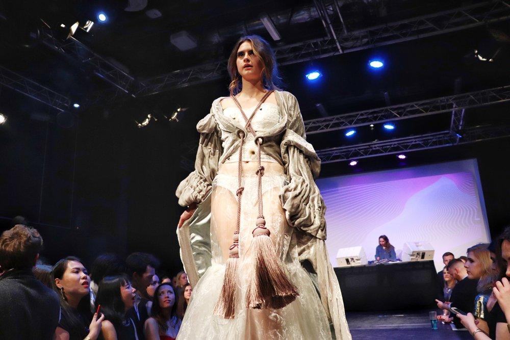 Boudoir Robe Catwalk Fashion Show 2018 | Cady Quotidienne.jpg