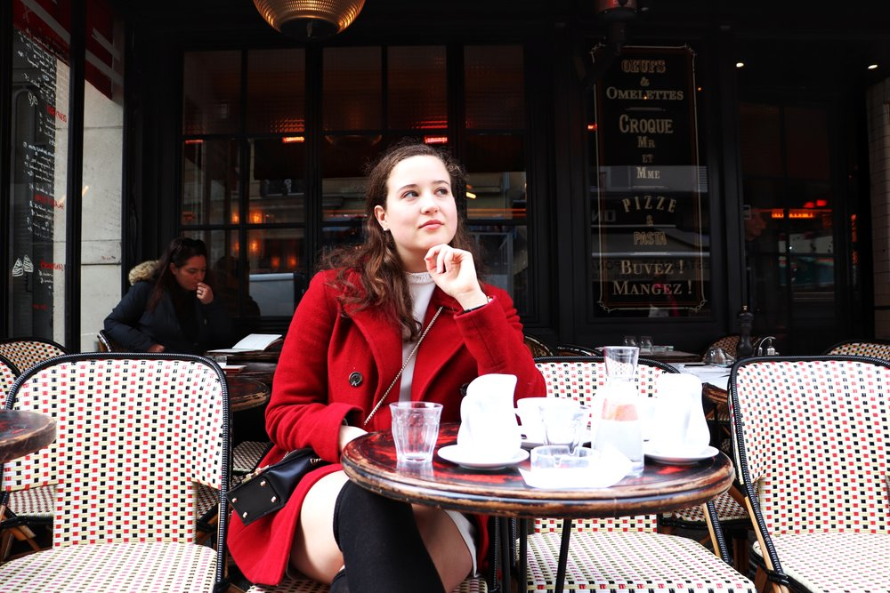Cafe Central  The Parisienne Guide | Cady Quotidienne.JPG