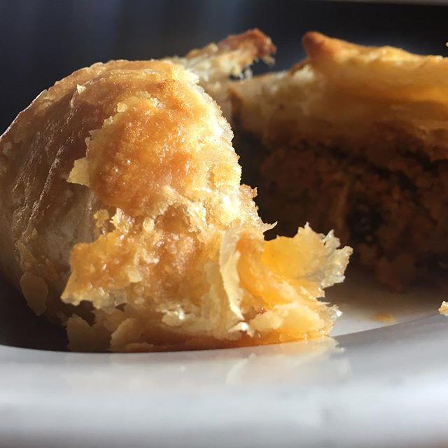 Love those pie crust flakes #smallpie #pie #mkefood