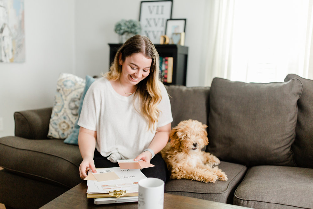 Are you looking to leave your 9-5 and start pursuing your big dreams? Are you tired of being afraid to take the leap of faith? Are you tired of doubting yourself? Click through to read this amazing interview with Abigail Dyer about leaving her 9-5, overcoming perfectionism, and taking huge leaps towards her dreams