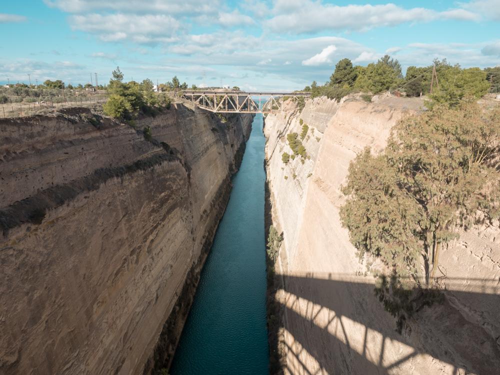 Der beeindruckende Kanal von Korinth