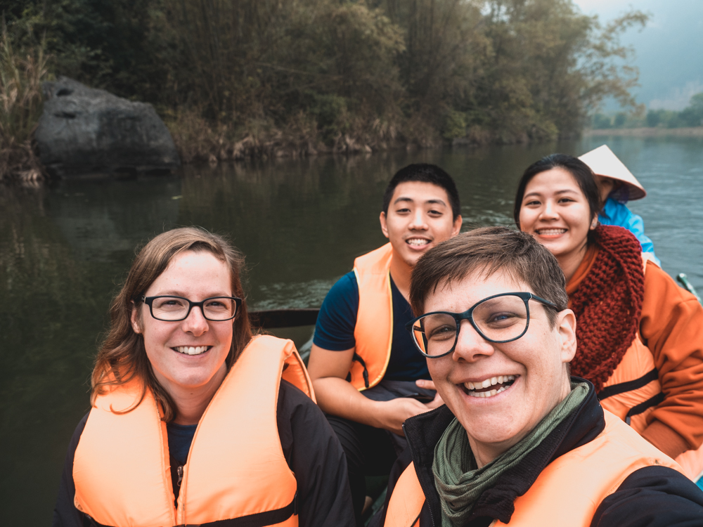 Bootstour durch die sogenannte trockene Halong Bay