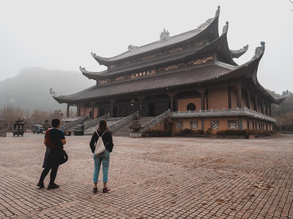 Beim Bai Dinh Tempel