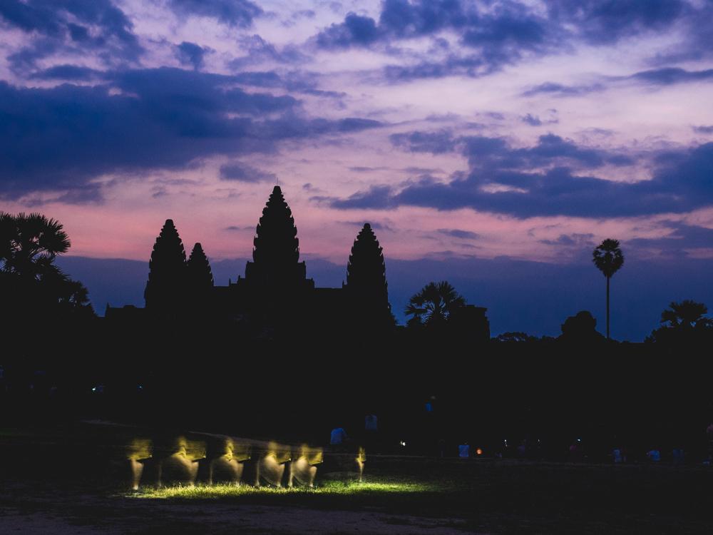 Zum Sonnenaufgang begeben wir uns nochmals zum Angkor Wat