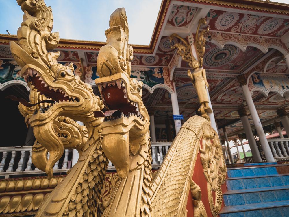 Einer der Tempel vom That Luang in Vientiane