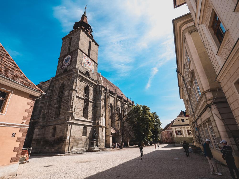 Das Wahrzeichen von Brasov - die schwarze Kirche